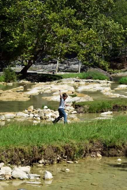 Turner Falls. Oklahoma - Get Back to Nature and have fun with the family at Turner Falls, Oklahoma - 5 Tips for Camping at Turner Falls, Oklahoma & having a GREAT time outdoors
