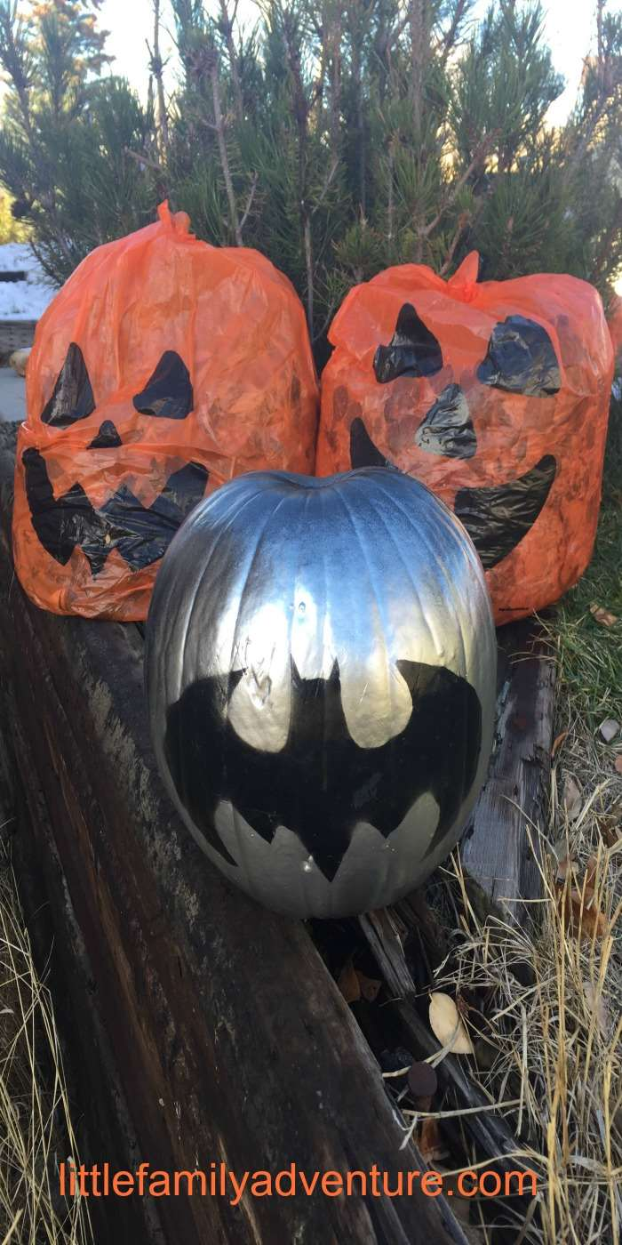 Easy Painted Pumpkins for Halloween - Learn how to create these fun Batman and Jack & O'Lantern pumpkins with paint