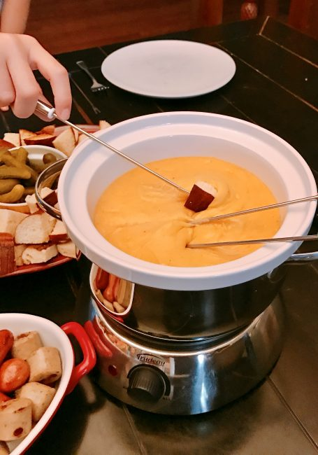 German Beer Cheddar Fondue - Pull out your fondue set and skip the fancy restaurant. Take this easy fondue recipe and whip up some ooey gooey goodness that everyone will love. What is better than a night with cheese and Craft beer?