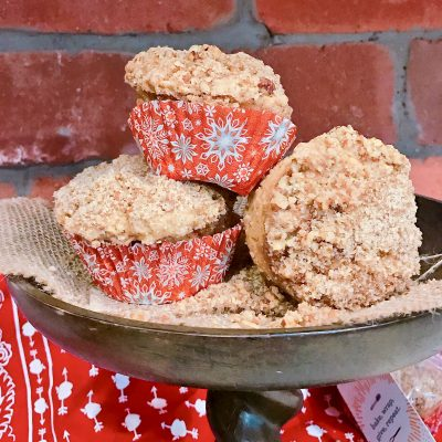 Snickerdoodle Muffins with Streusel Crumble