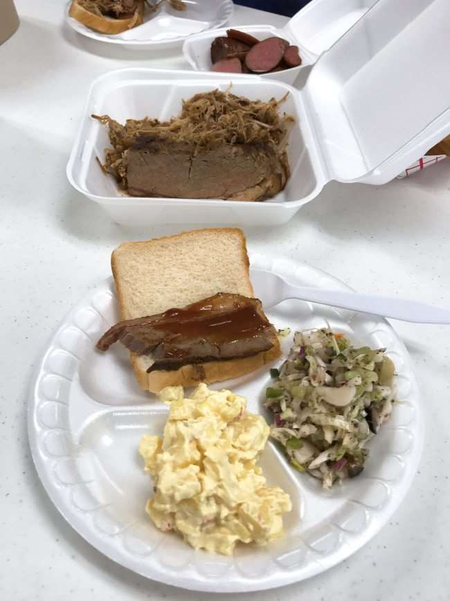 For your Weekend Getaway in Oklahoma for Families (South-Central Oklahoma), visit local Camelback Corner Convenience Store for mouthwatering barbecue
